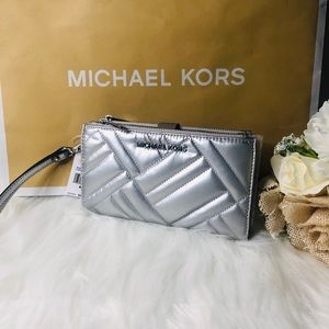 Michael Kors Women's Peyton Large Double zip